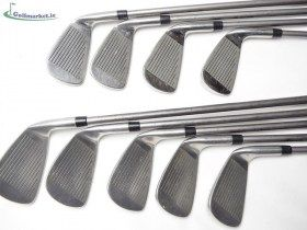 Wilson Ulta MBT2 Graphite Iron Set